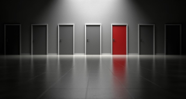 doors-1690423_1920