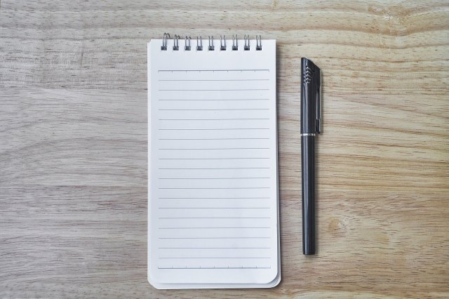 notebook-2637757_1920