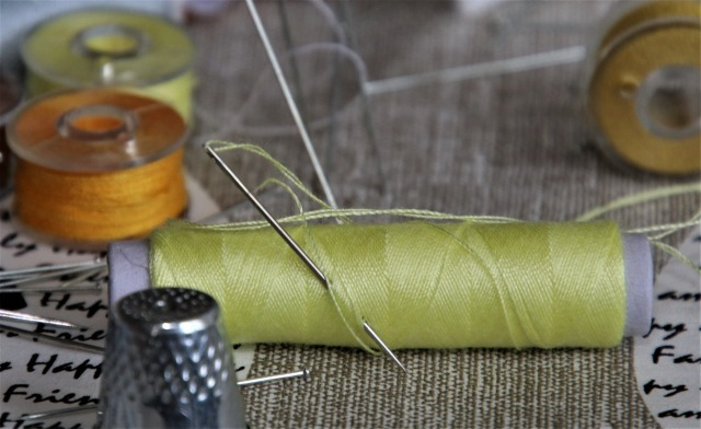 sewing-5047485_1920